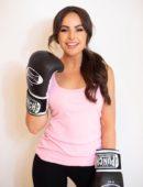 [Image] Elise Cook boxing